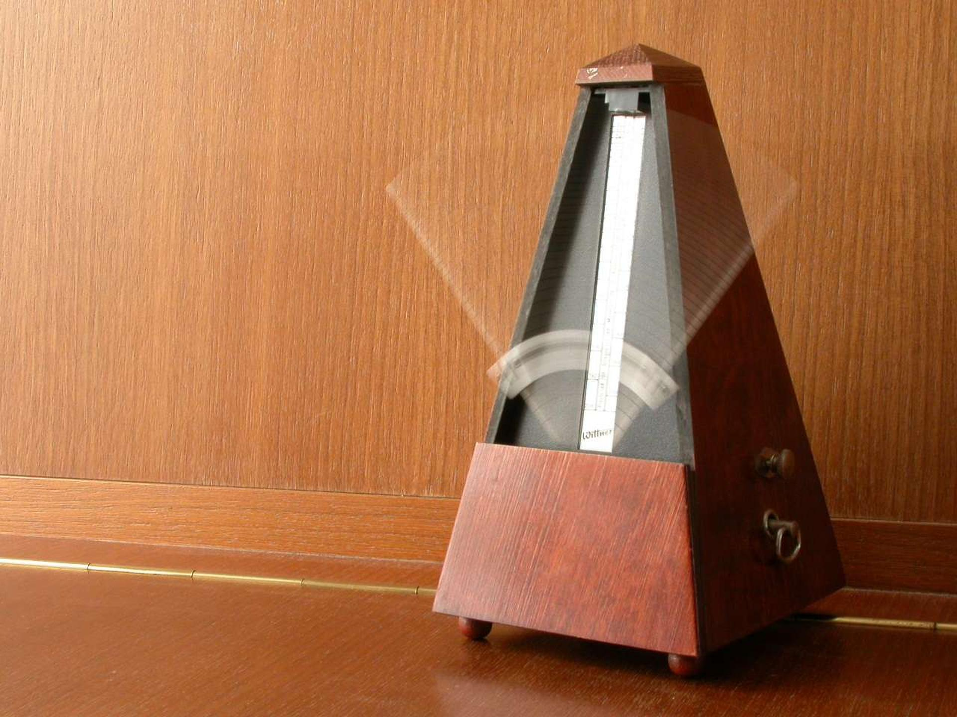 metronomo-madera