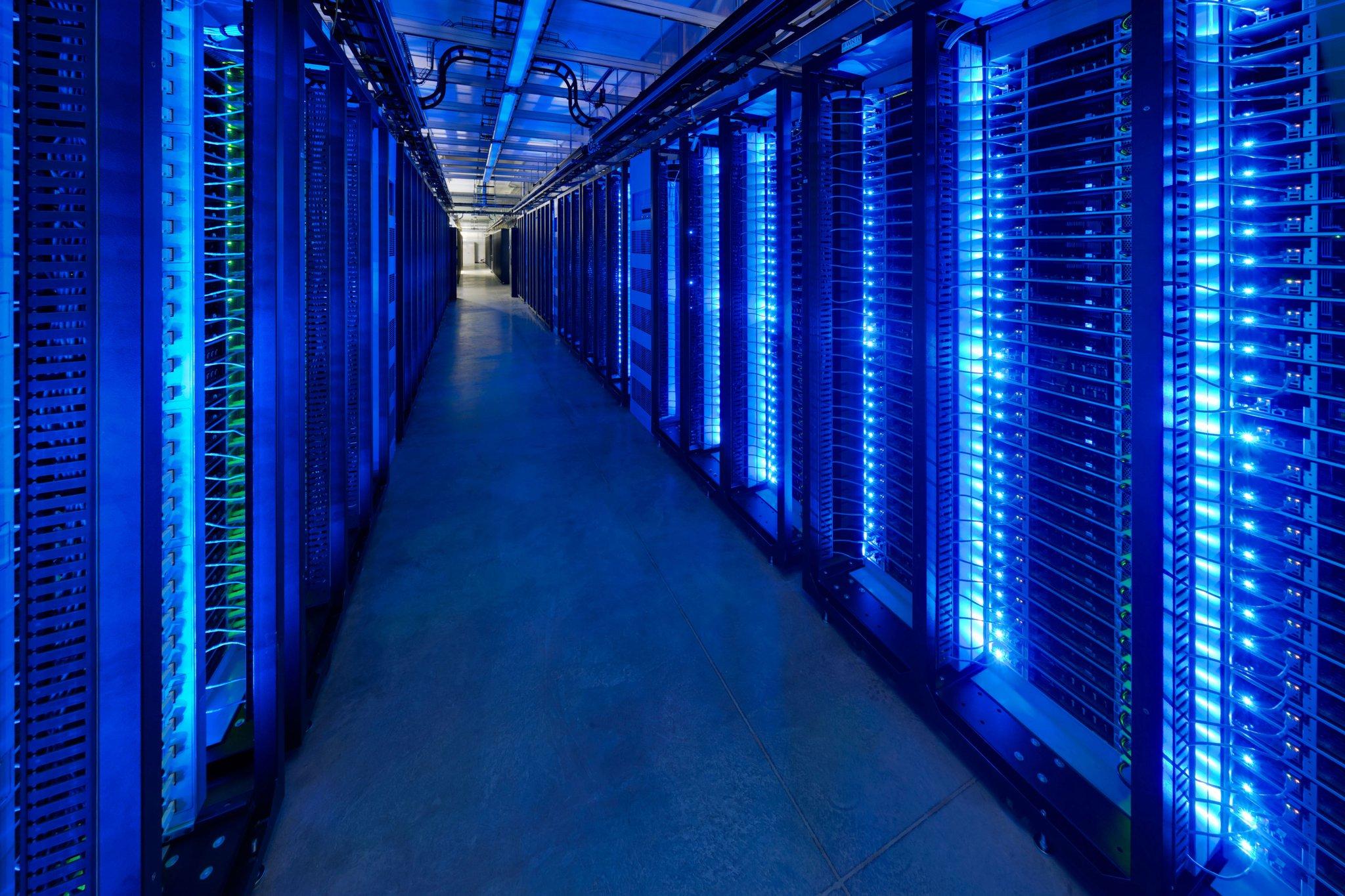 facebook-datacenter-1