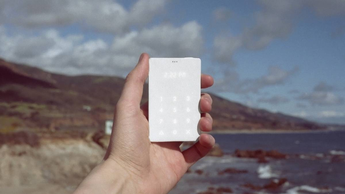 light-phone-2