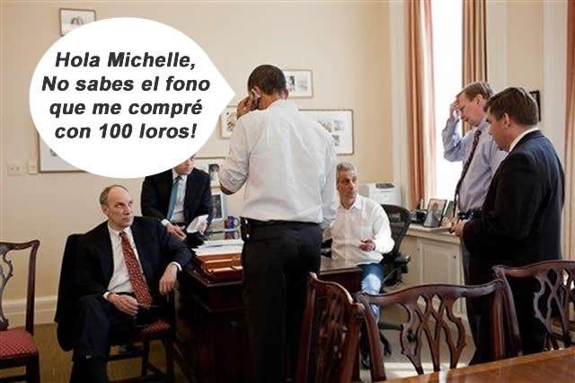 Obama con su nuevo teléfono