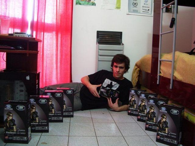 Nico con cantidad de Radeons