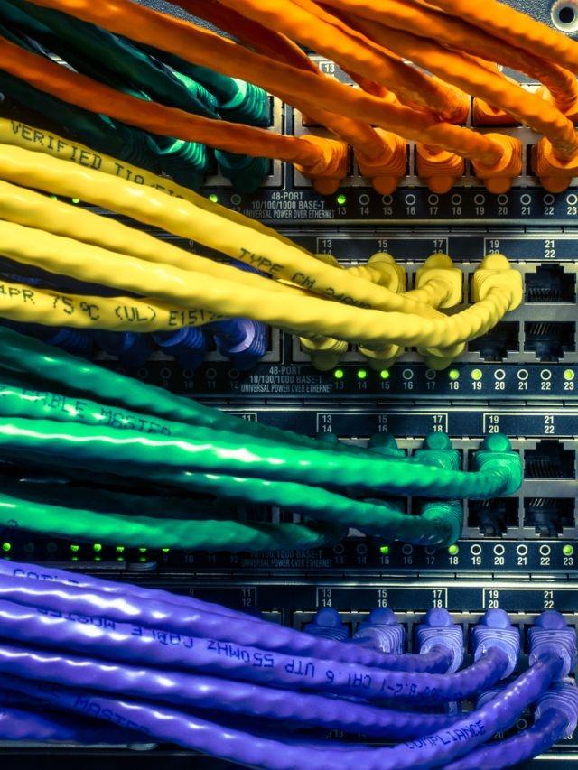 Cables Ethernet en un orden genial