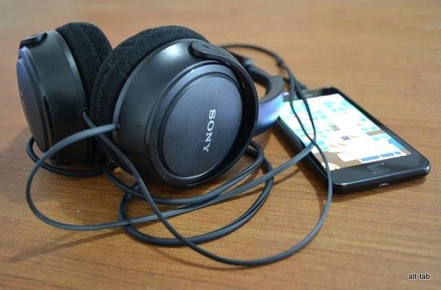 Auriculares Sony MA100