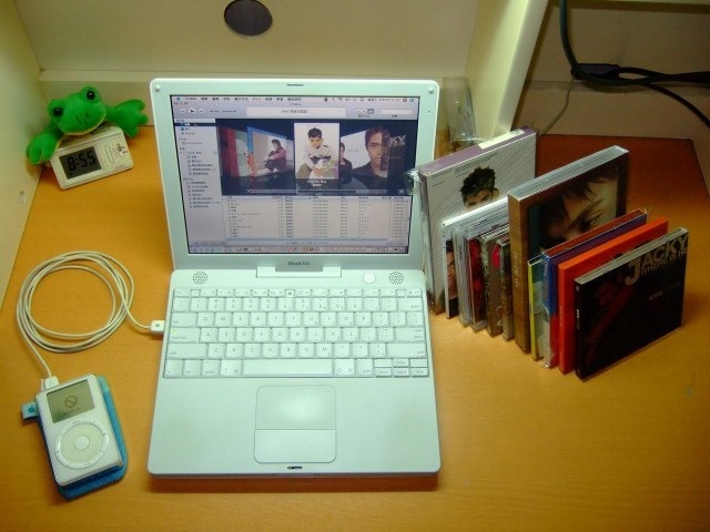 macbook-itunes