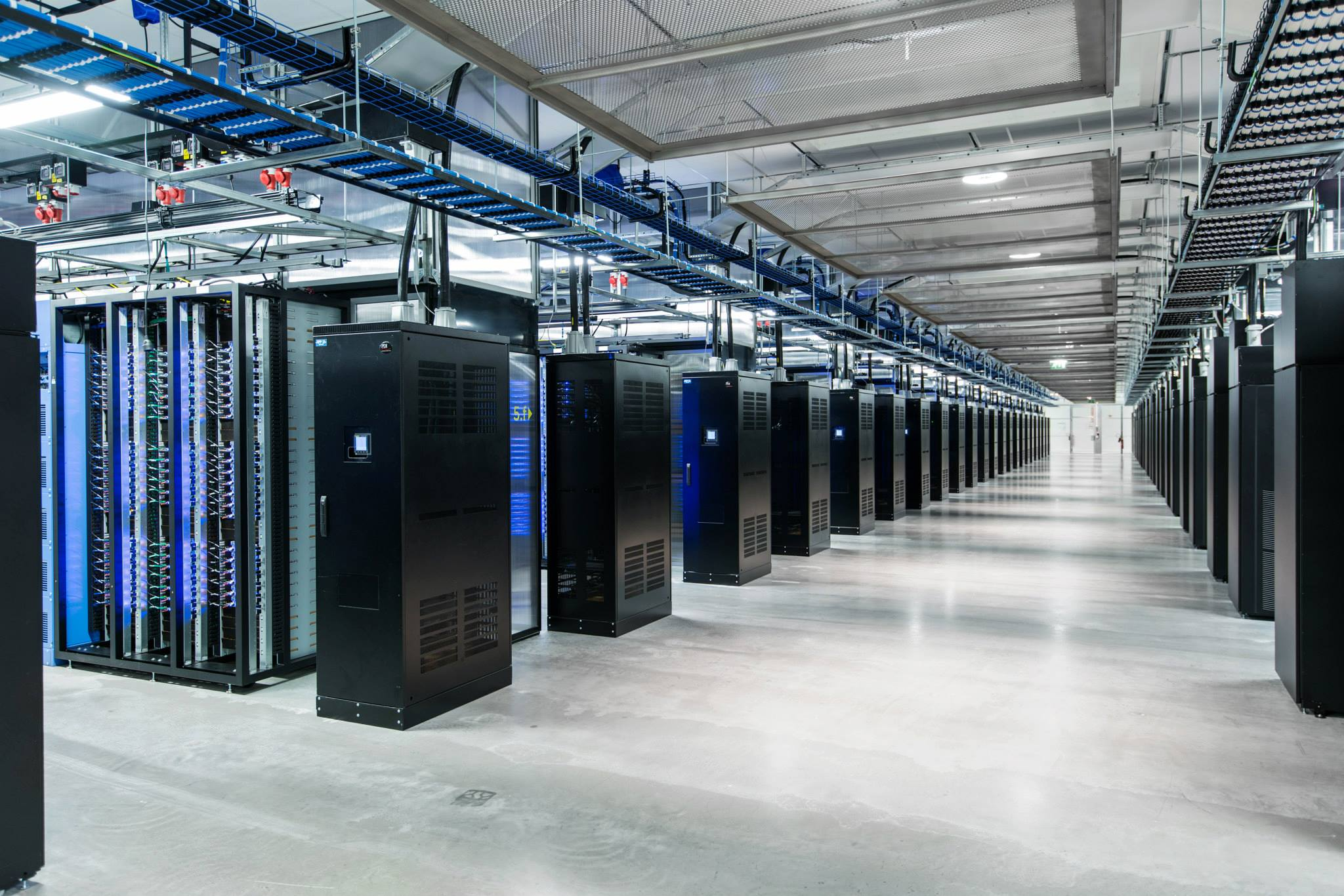facebook-datacenter-2