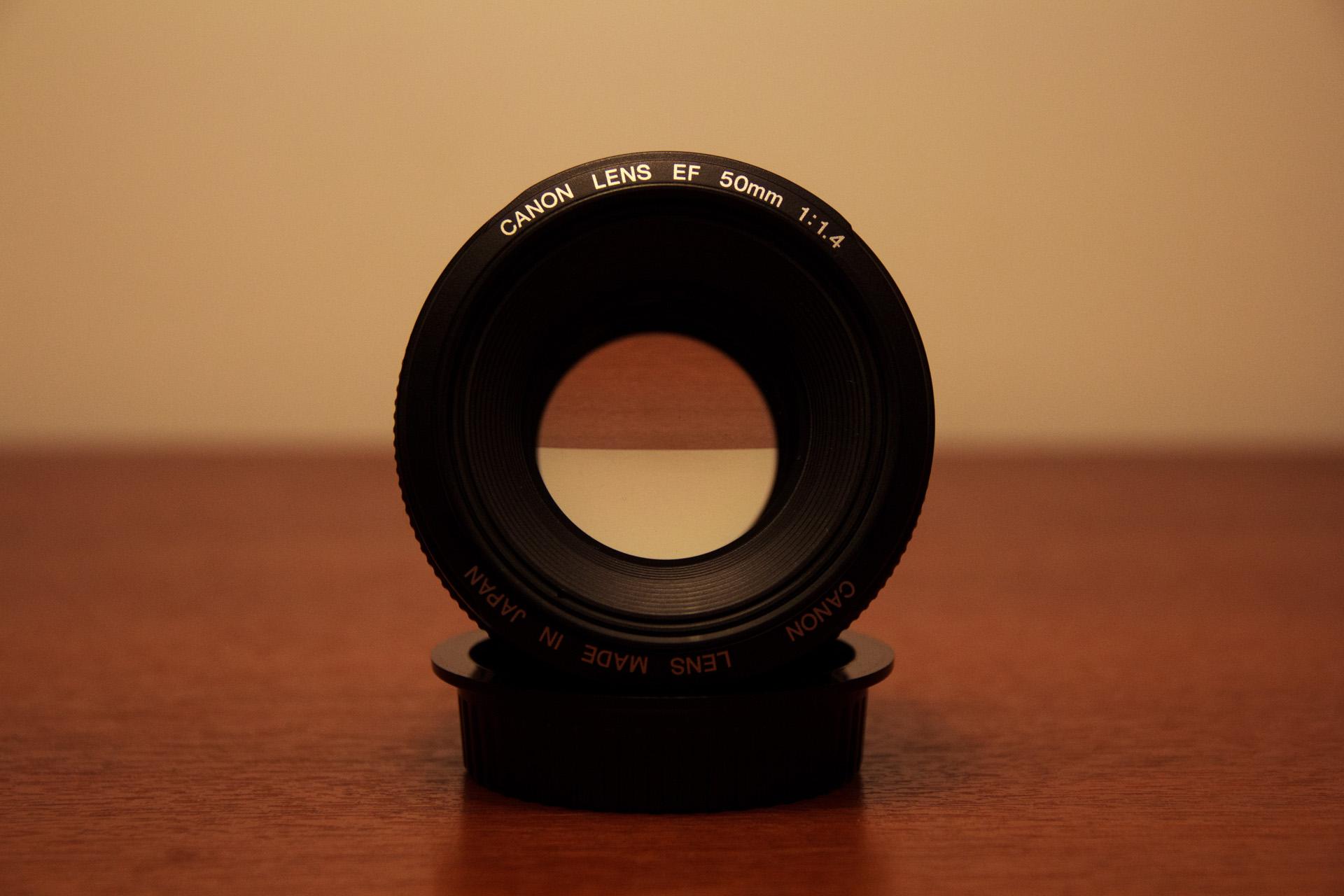 Canon EF 50mm f/1.4 USM, la gama media de los lentes fijos ultraluminosos. Si no tenés idea qué dije seguí leyendo.