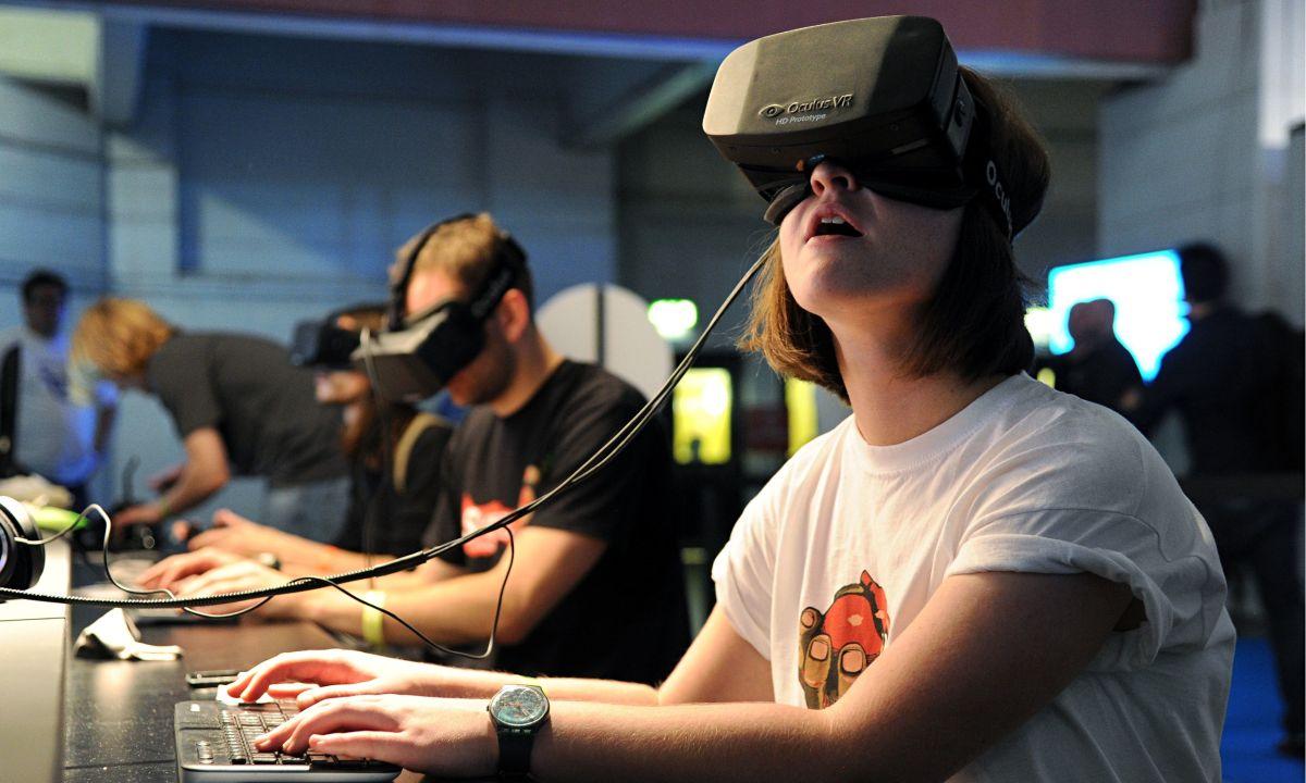 Las reacciones del Oculus Rift son impagables.