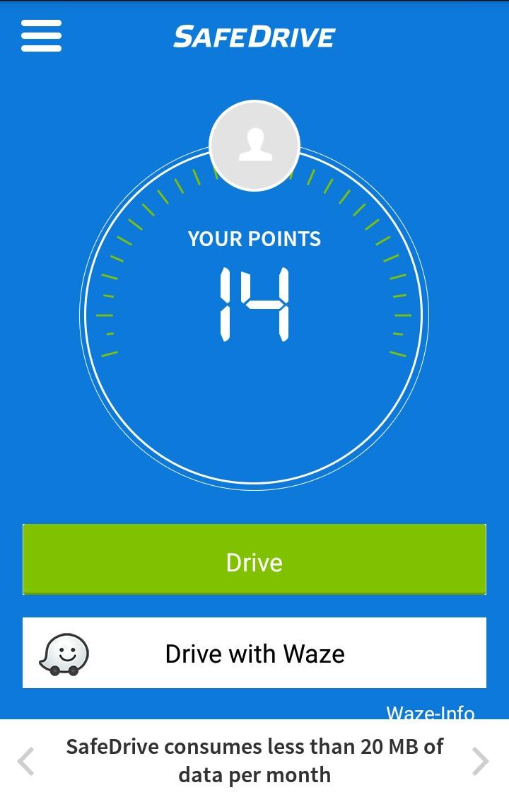 SafeDrive también cuenta con integración al popular servicio Waze, para aquellos que usan el GPS mientras conducen.